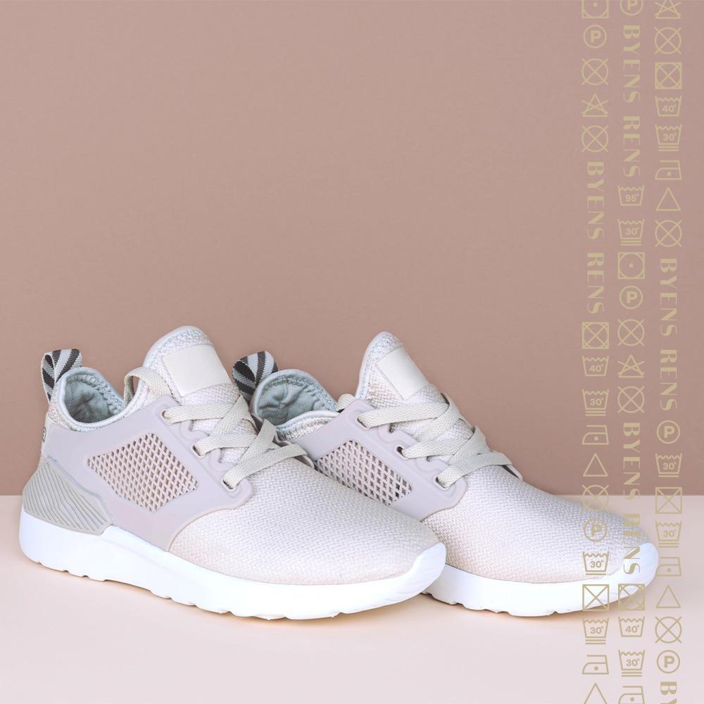Rens af sneakers