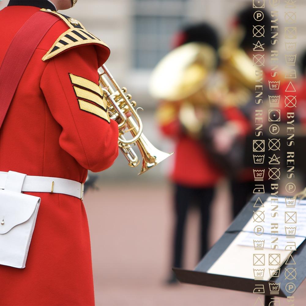 Rens af uniformer